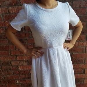 LuLaRoe – Amelia Dress